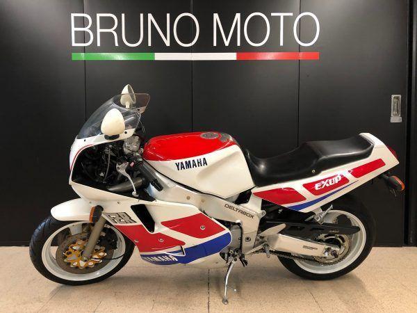 https://brunomoto.it/wp-content/uploads/2021/09/Yamaha-FZR-1000-–-1989-Bruno-Moto-1-scaled-1.jpeg